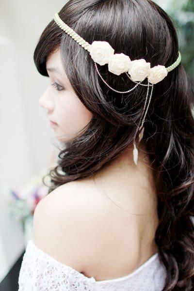 phụ kiện hoa cài tóc cho cô dâu