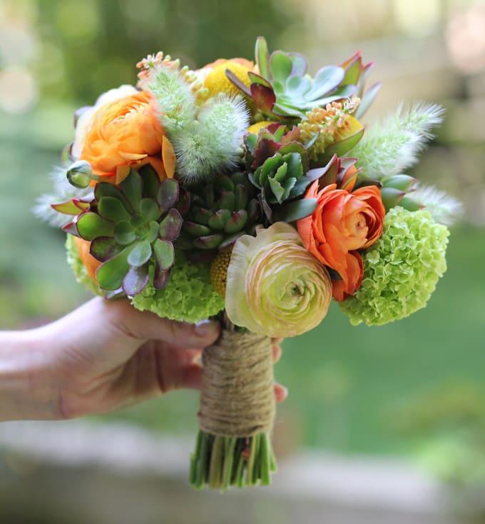 hoa cưới cầm tay 2017 kiểu sen đá