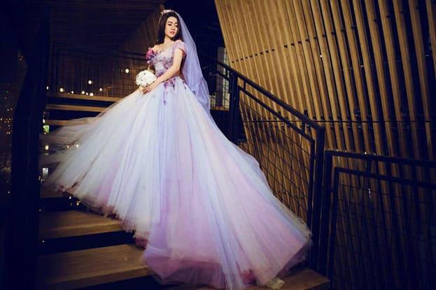 váy cưới màu tím thủy chung đẹp tuyệt vời