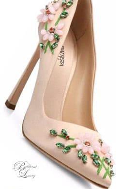 Giày cưới đính hoa đẹp nổi bật