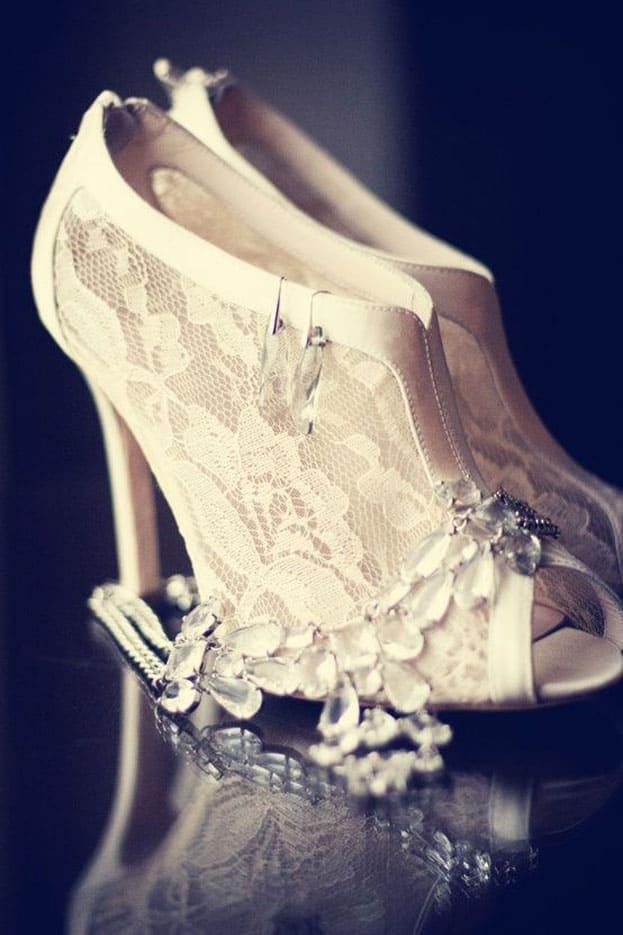 giày cưới ren trắng gót mũi