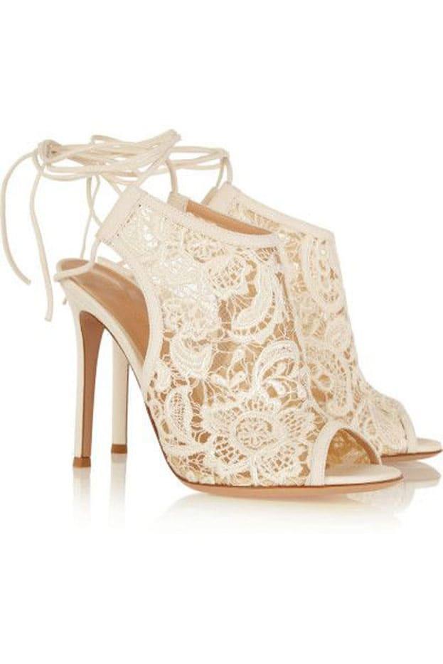 giày cưới ren trắng đẹp tinh khôi