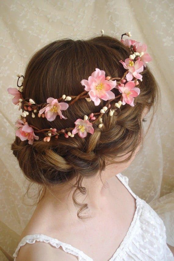 một trong những kiểu tóc cưới mới
