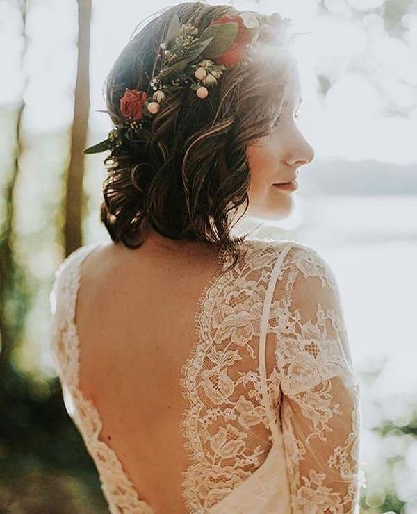 kiểu tóc cô dâu mặt tròn 14
