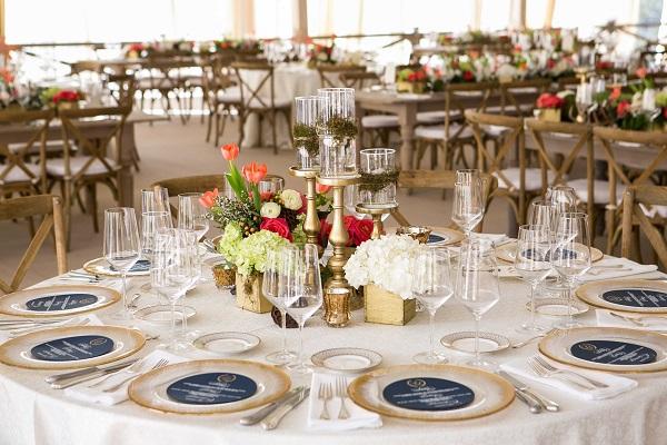 bàn tiệc cưới 4