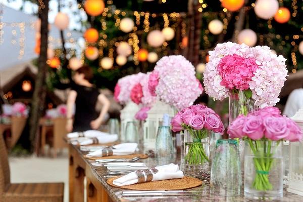 bàn tiệc cưới 8