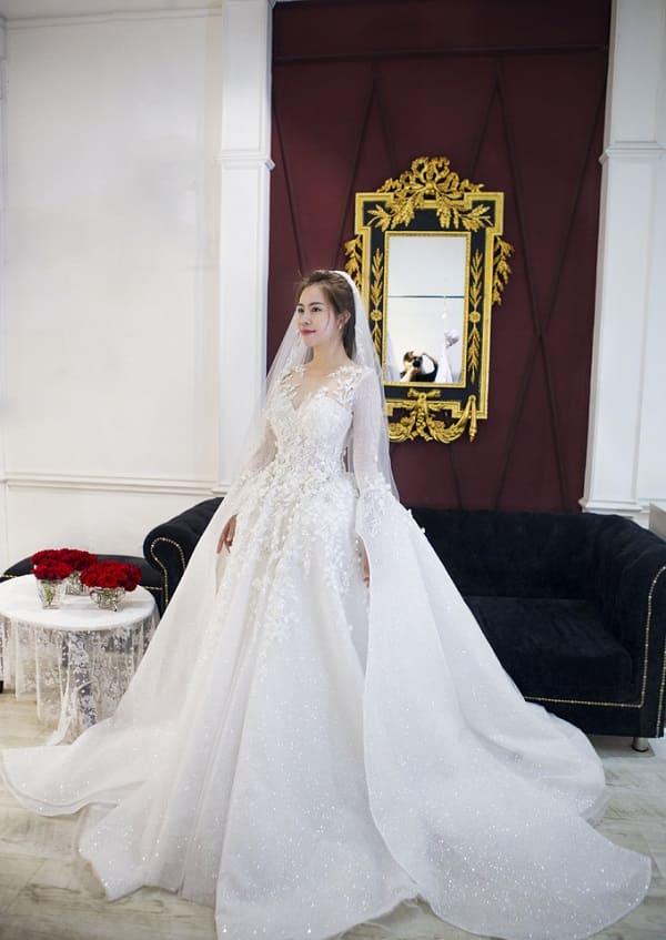 váy cưới của Vũ Ngọc Ánh 9
