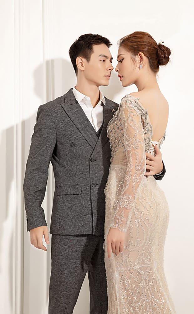 Tan chảy với bộ ảnh cưới lại từ đầu sau 2 năm về chung một nhà của Chúng Huyền Thanh và Jay Quân - Ảnh 8.