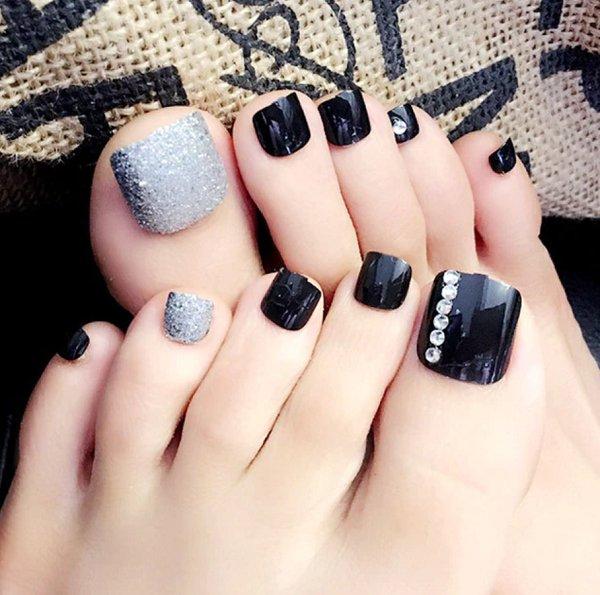 móng chân đính đá 4