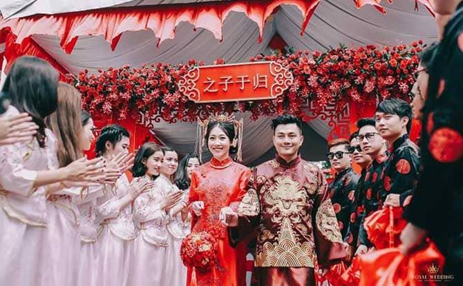 Ở các nước phương Tây, lễ ăn hỏi còn được gọi là lễ đính hôn.