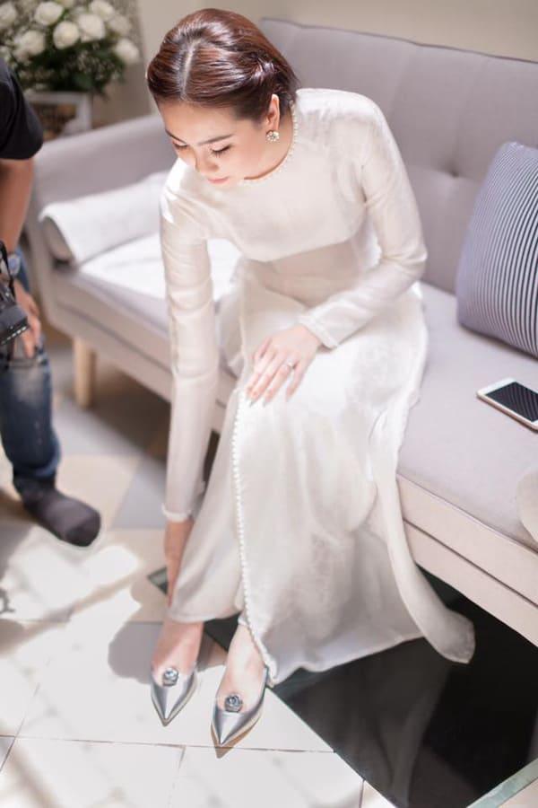 áo dài cưới màu trắng 18