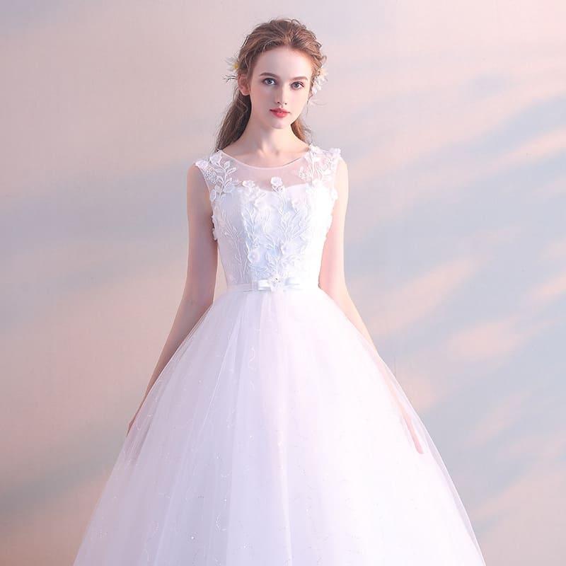Chọn váy cưới cho cô dâu mập bằng những chiếc váy chữ A vừa vặn với cơ thể Mate