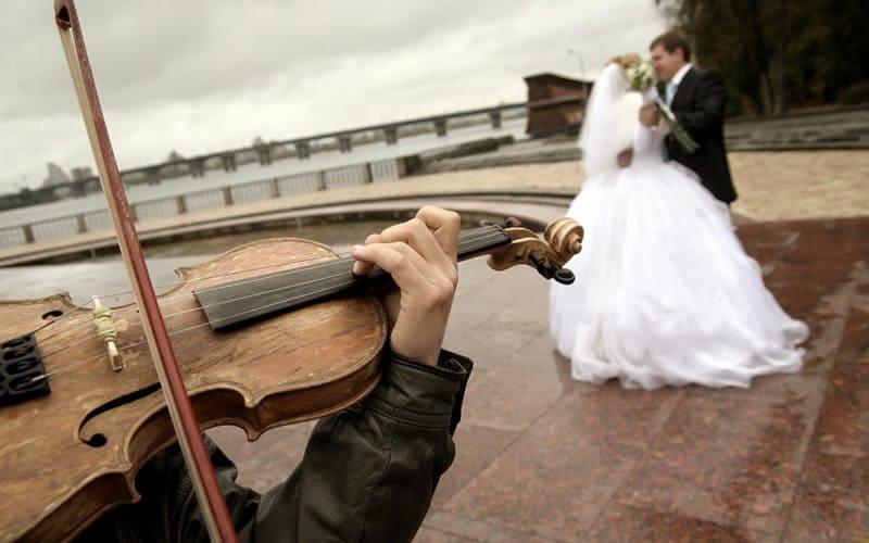 Làm thế nào để có thể chuẩn bị đám cưới khi đang trong thời gian cách ly