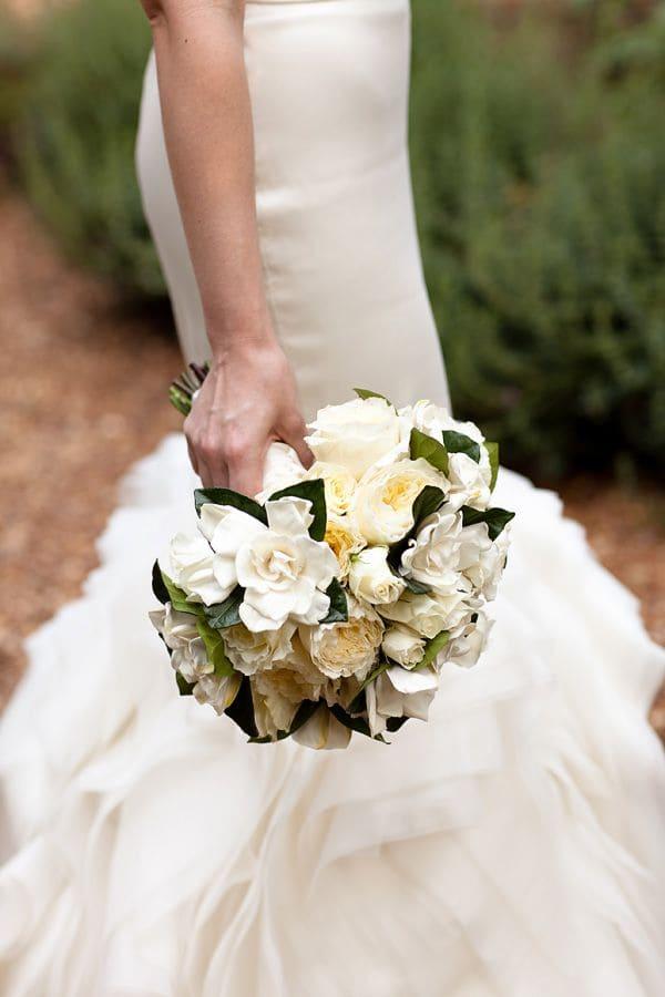 Ý nghĩa của hoa cưới hoa dành dành