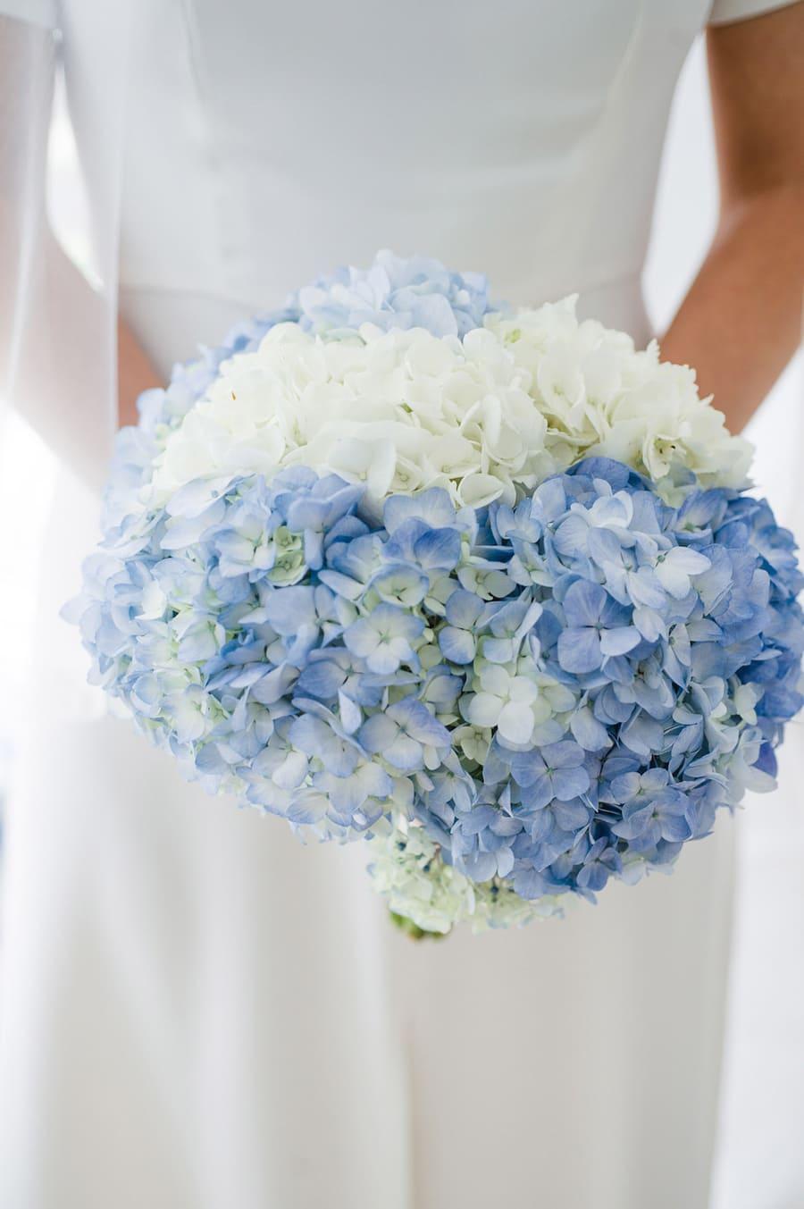 Ý nghĩa của hoa cưới hoa cẩm tú cầu