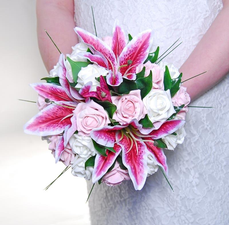 Ý nghĩa của hoa cưới hoa lily
