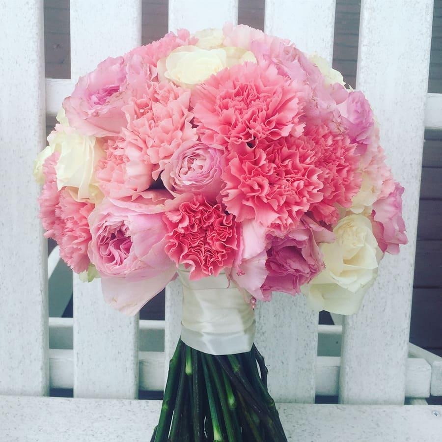 Ý nghĩa của hoa cưới hoa cẩm chướng