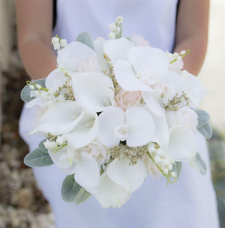 Ý nghĩa của hoa cưới hoa rum