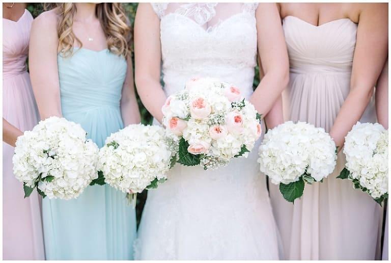 Trả lời 4 câu hỏi liên quan đến bó hoa cưới mà nhiều cô dâu thắc mắc