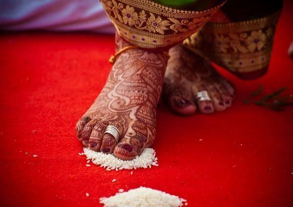 nhẫn cưới truyền thống Bichiya