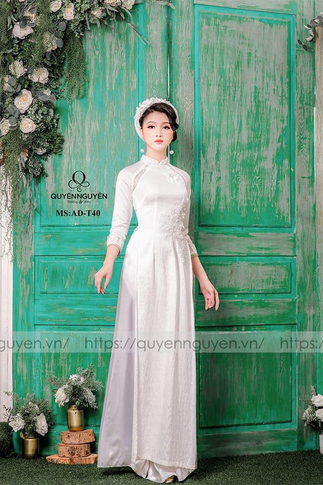 Áo dài cưới trắng đơn giản eo Mate.vn