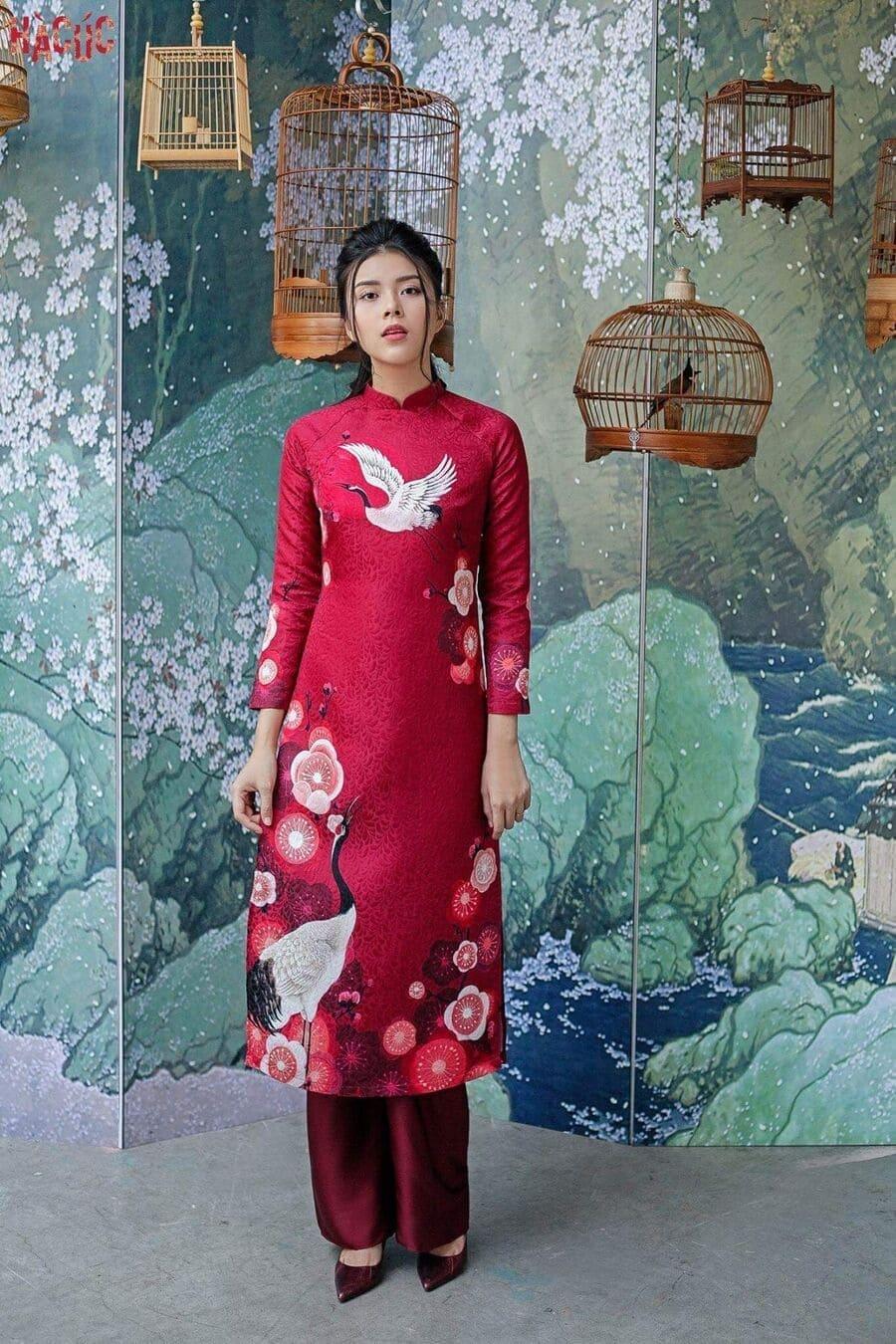 4 lý do cô dâu nên lựa chọn áo dài cưới gấm trong ngày trọng đại Mate.vn