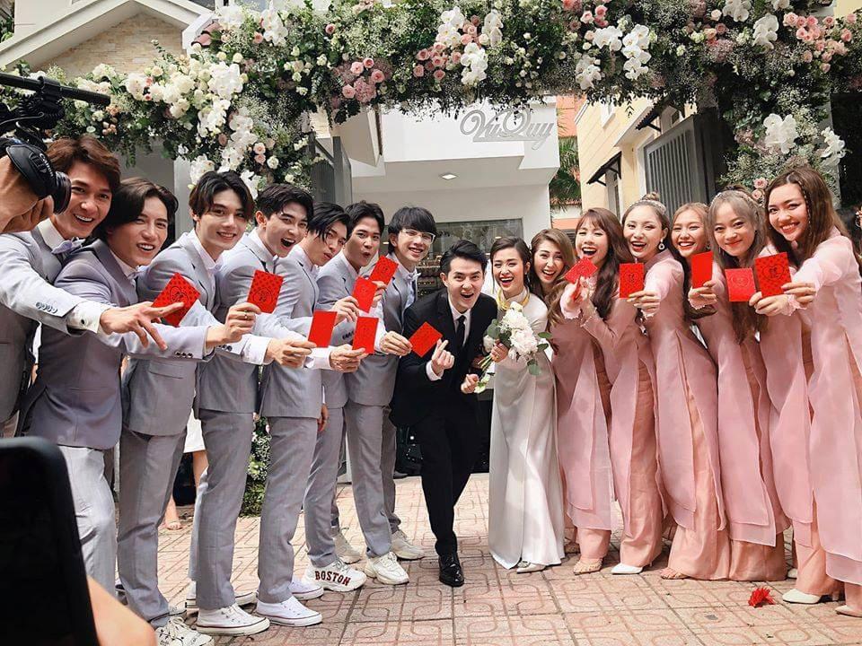 Dàn phù dâu - phù rể đám cưới Đông Nhi và Ông Cao Thắng Mate