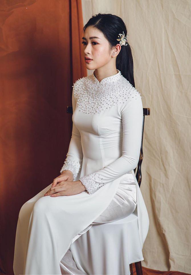 áo dài cưới màu trắng đơn giản Mate.vn