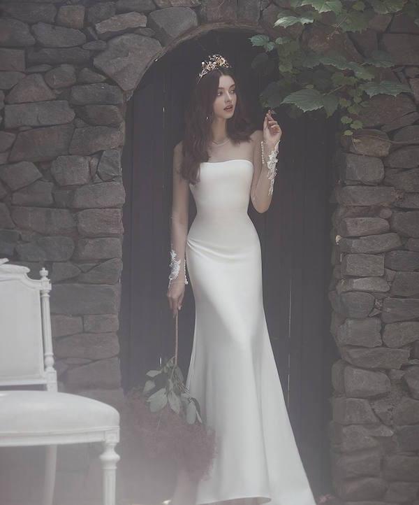 Đầm cưới suông sang trọng Mate.vn