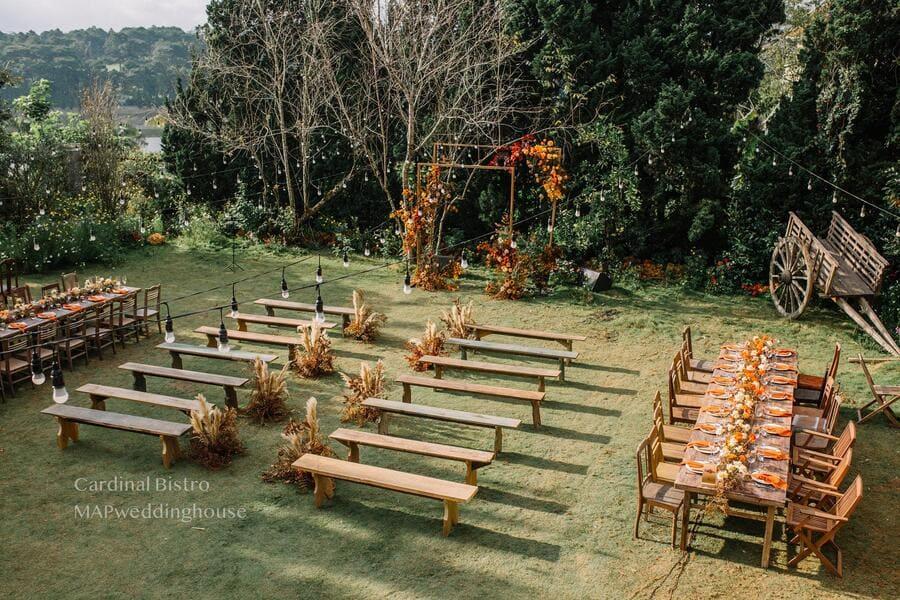 yếu tố phát sinh trong buổi tiệc cưới ngoài tròi
